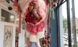 Gerda-Chandelier-exhibited-at-the-Phoenix-Brighton